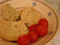 frasedda con pomodoro, piatto tipico del capo di leuca