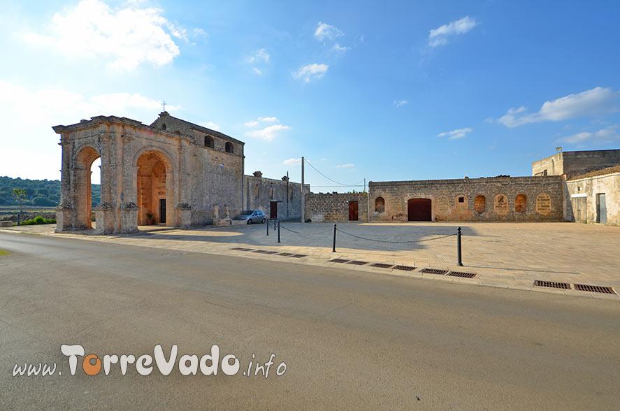 piazza leuca piccola in Puglia
