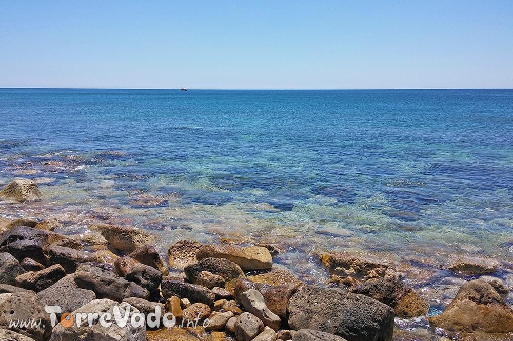 Scogliera Bassa Spiaggia Pozzo pasulo
