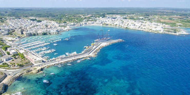 Otranto: Castello, Spiaggia Porto in Volo